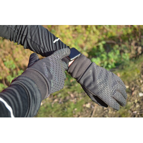 Extremities Maze Runner Gloves Black